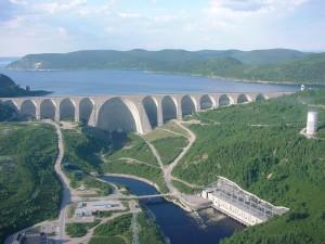 Photo: Daniel-Johnson Dam on the Manicouagan River.